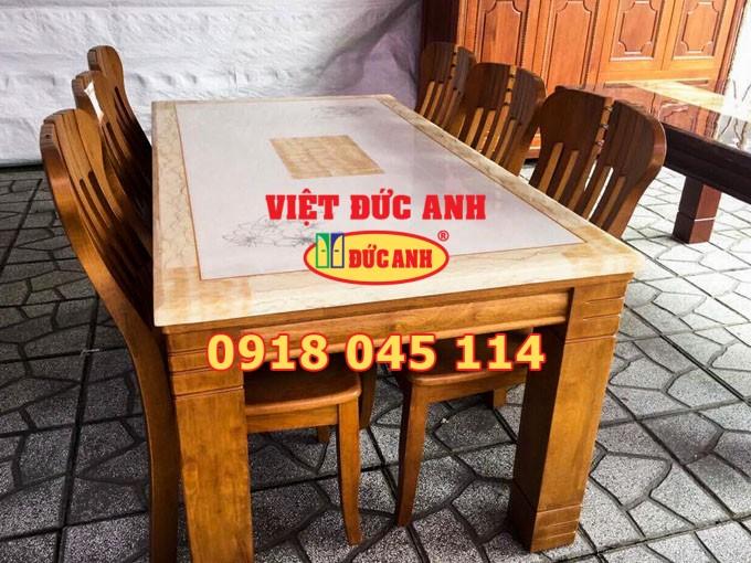 Bàn ghế gỗ 52
