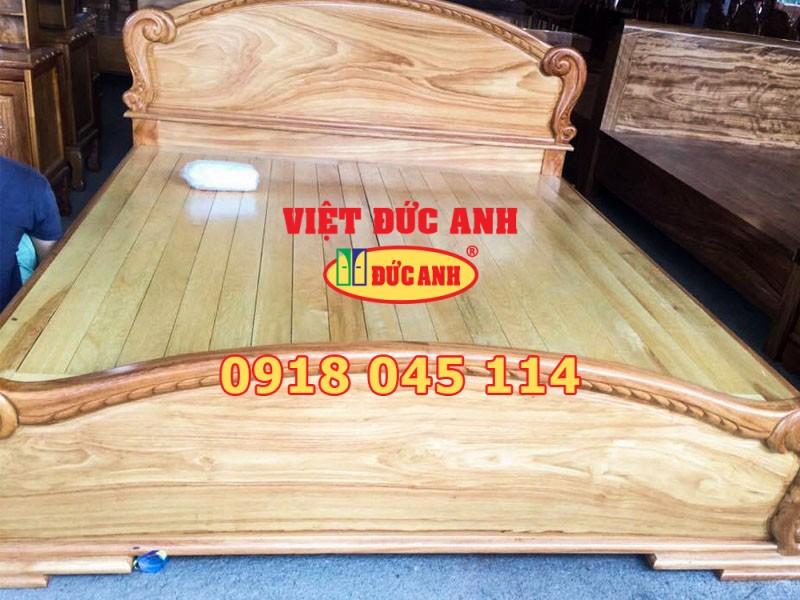 Giường gỗ 20